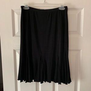 Briggs New York black skirt